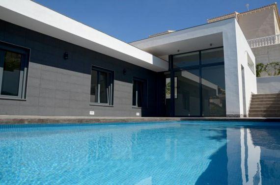 Дом в Сьюдад-Кесада, Испания, 556 м2 - фото 1