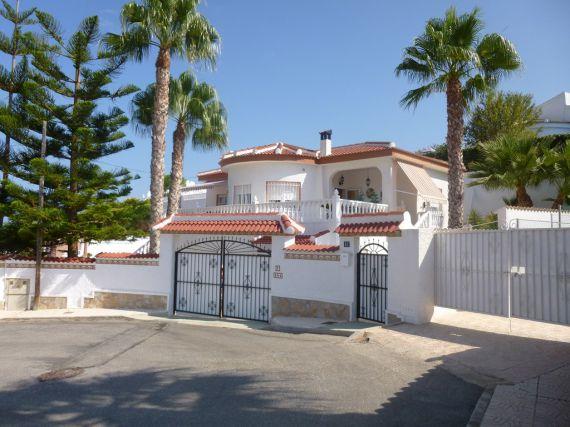 Дом в Сьюдад-Кесада, Испания, 161 м2 - фото 1