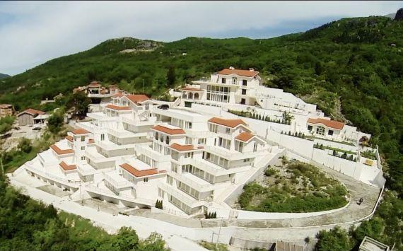 Апартаменты в Херцеге Нови, Черногория, 168 м2 - фото 1