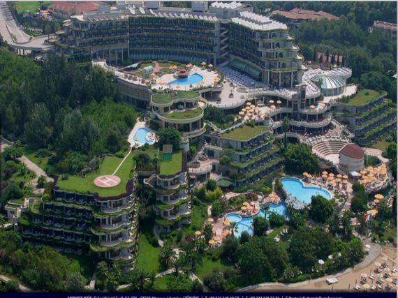 Отель, гостиница в Анталии, Турция, 50000 м2 - фото 1