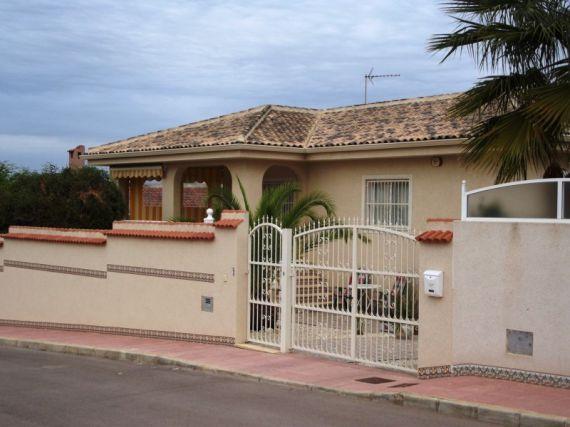 Вилла в Аликанте, Испания, 600 м2 - фото 1