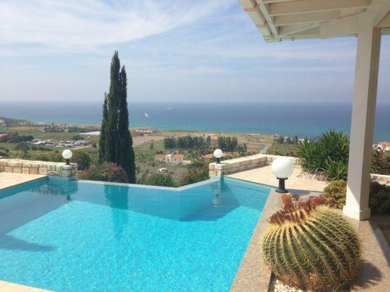 Поместье в Пафосе, Кипр, 500 м2 - фото 1