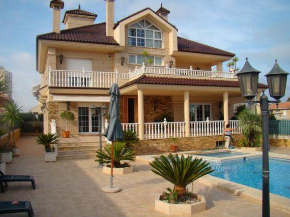 Дом испании торревьеха