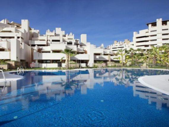 Квартира в Эстепоне, Испания, 173 м2 - фото 1