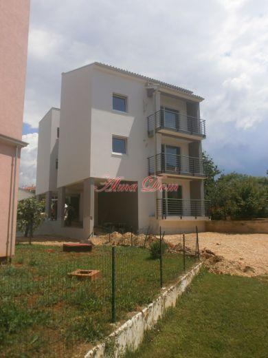 Квартира в Пуле, Хорватия, 99 м2 - фото 1