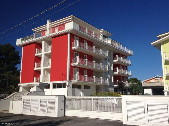 Апартаменты в Абруццо, Италия, 68 м2 - фото 1