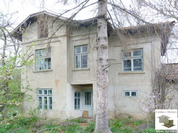 Дом в Велико Тырново, Болгария, 3200 м2 - фото 1