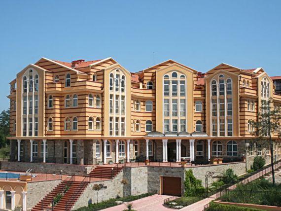 Отель, гостиница в Созополе, Болгария, 3972 м2 - фото 1