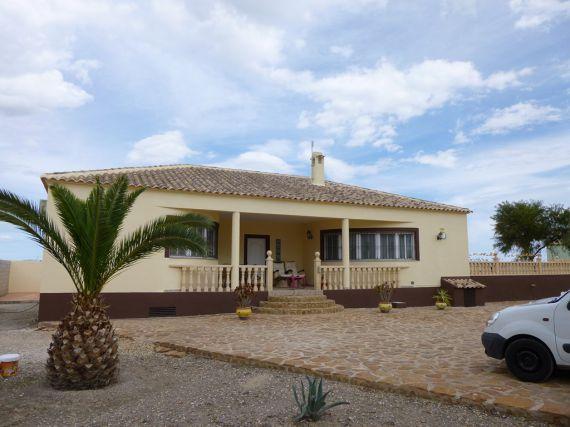 Дом в Гуардамар-дель-Сегура, Испания, 170 м2 - фото 1