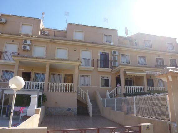 Таунхаус в Торревьехе, Испания, 80 м2 - фото 1