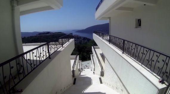 Квартира в Херцеге Нови, Черногория, 91 м2 - фото 1