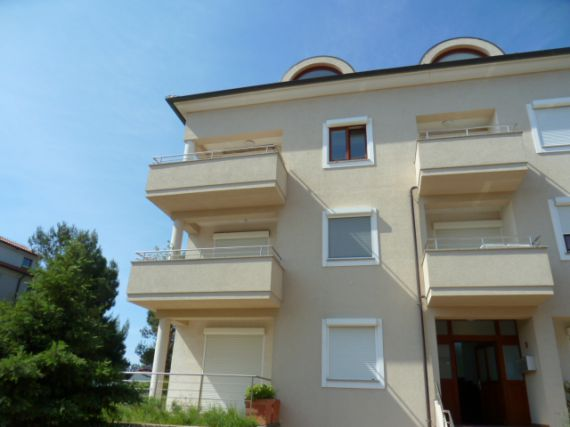 Апартаменты в Премантуре, Хорватия, 74 м2 - фото 1