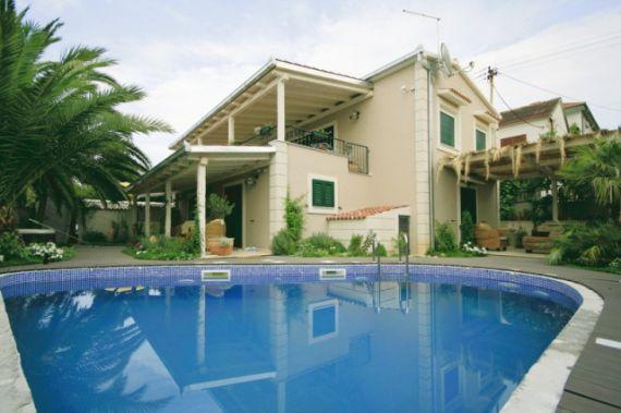 Купить дом за границей с фото