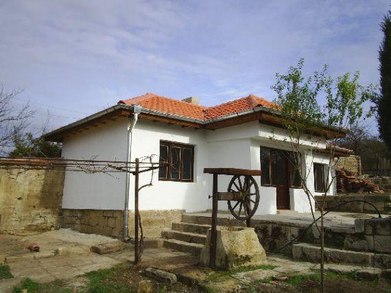 Дом в Варненской области, Болгария, 1350 м2 - фото 1