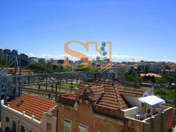 Апартаменты в Лиссабоне, Португалия, 118 м2 - фото 1