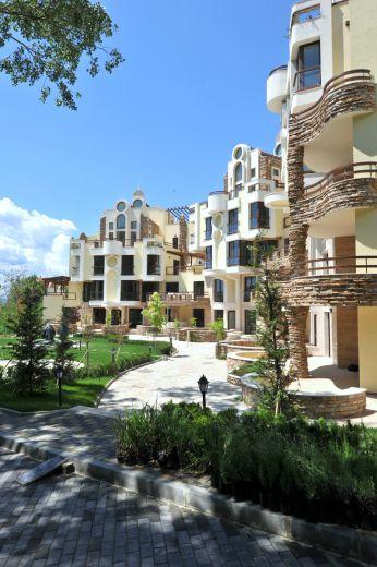 Квартира в Варне, Болгария, 172 м2 - фото 1