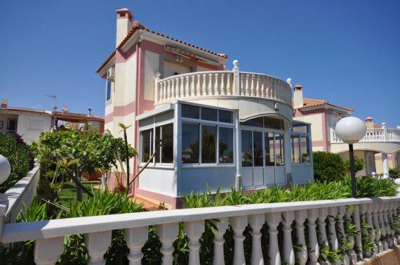 Дом в Торревьехе, Испания, 3 сот. - фото 1