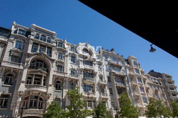 Апартаменты в Лиссабоне, Португалия, 146.8 м2 - фото 1