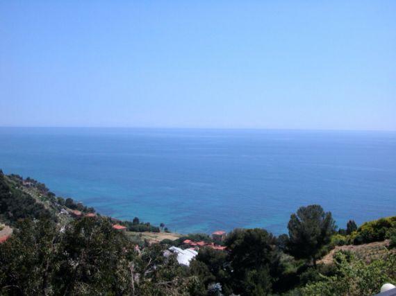 Аренда вилл в Вентимилья у моря недорого в рублях