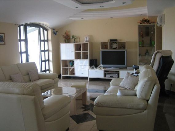 Дом в Фажане, Хорватия, 400 м2 - фото 1