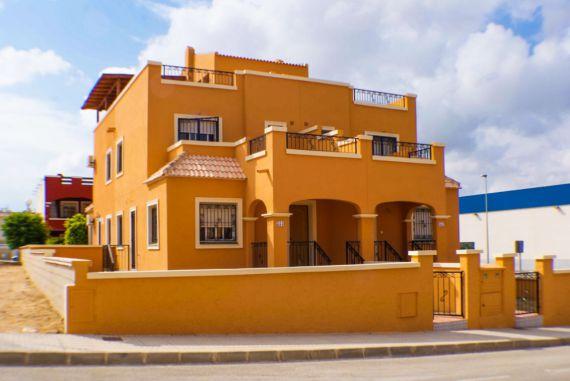 Бунгало в Торревьехе, Испания, 25 м2 - фото 1