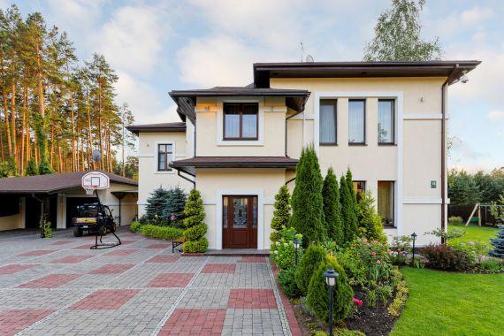 Дом в Рижском крае, Латвия, 2186 м2 - фото 1