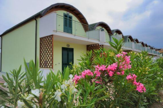 Comprare casa bifamiliare a Soverato sulla spiaggia a basso costo