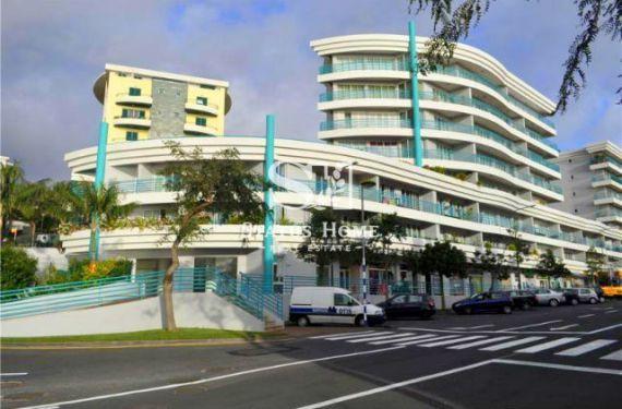 Апартаменты в Фуншале, Португалия, 99 м2 - фото 1