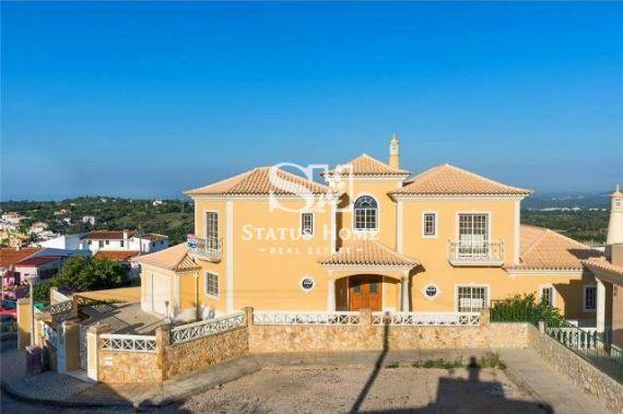 Вилла в Алгарве, Португалия, 213 м2 - фото 1