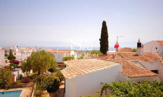 Вилла в Албуфейре, Португалия, 850 м2 - фото 1