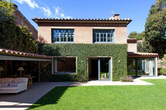 Дом в Барселоне, Испания, 387 м2 - фото 1