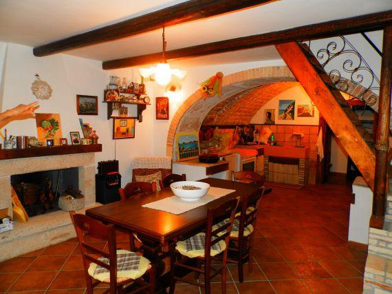 Дом в Абруццо, Италия, 60 м2 - фото 1