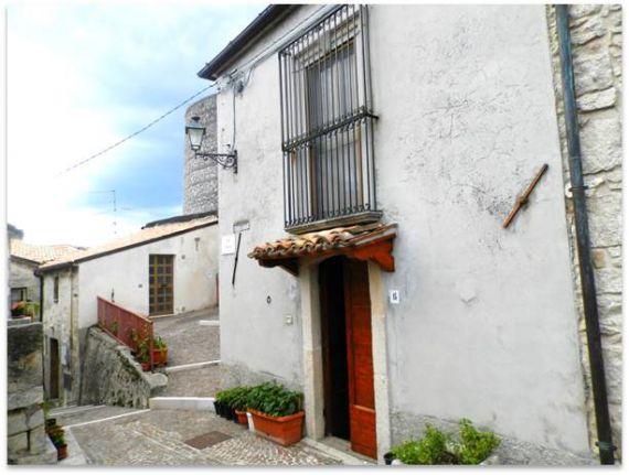 Дом в Абруццо, Италия, 60 м2 - фото 9