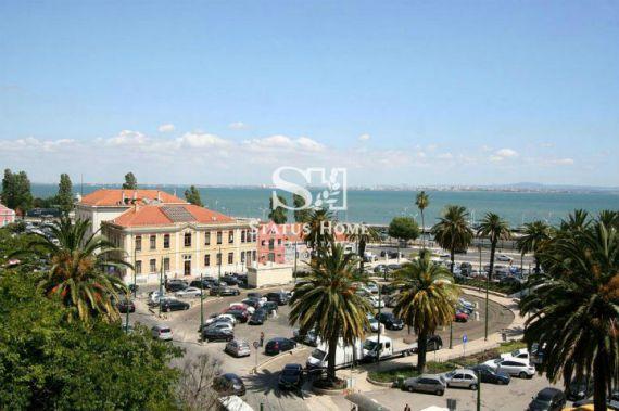 Апартаменты в Лиссабоне, Португалия, 240 м2 - фото 1