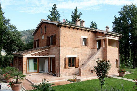 Коттедж в Сиене, Италия, 400 м2 - фото 1