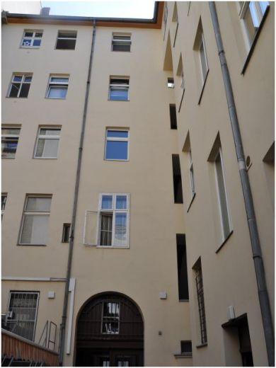Доходный дом в Берлине, Германия, 1019 м2 - фото 1