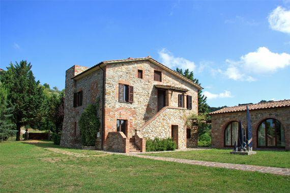 Вилла в Умбрии, Италия, 270 м2 - фото 1