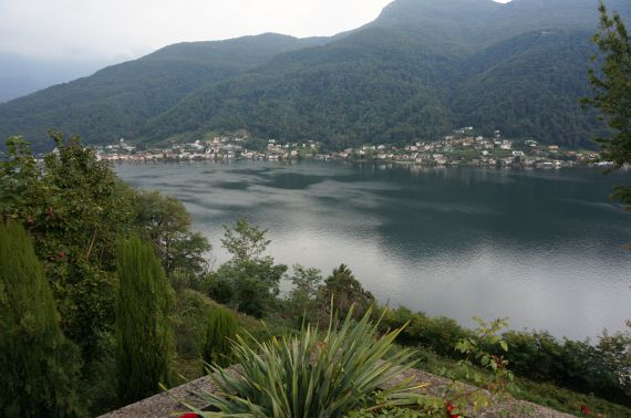 Вилла в Лугано, Швейцария, 220 м2 - фото 1