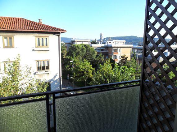 Апартаменты в Триесте, Италия, 51 м2 - фото 1