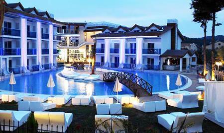 Отель, гостиница в Фетхие, Турция, 3500 м2 - фото 1