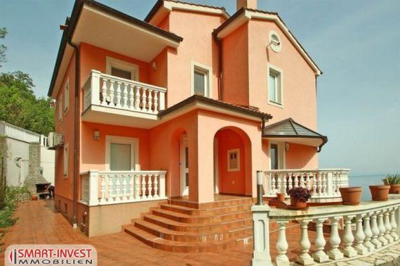 Элитная недвижимость в Болонье у моря