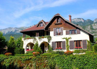 Дом в Анси, Франция, 1400 м2 - фото 1