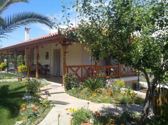 Дом в Коринфе, Греция, 4 сот. - фото 1