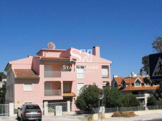 Апартаменты в Эшториле, Португалия, 96 м2 - фото 1