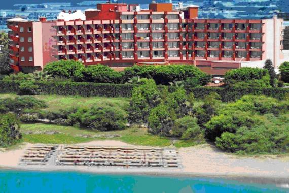 Отель, гостиница в Анталии, Турция, 77000 м2 - фото 1