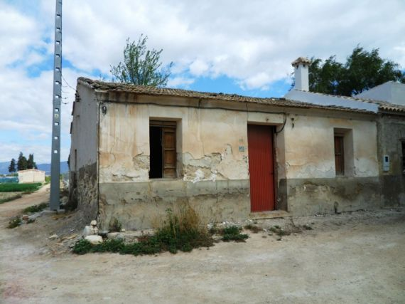 Дом под реконструкцию в Аликанте, Испания, 700 м2 - фото 1