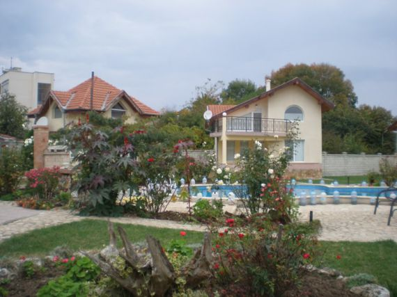 Коттедж в Кранево, Болгария, 220 м2 - фото 1