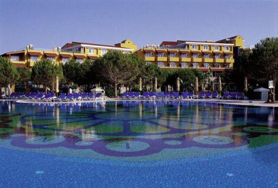 Отель, гостиница в Белеке, Турция, 850000 м2 - фото 1