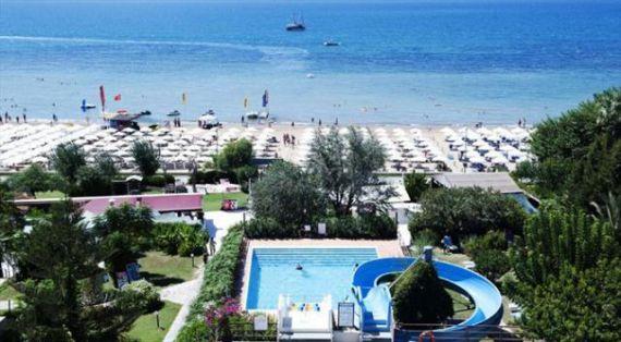 Отель, гостиница в Анталии, Турция, 13000 м2 - фото 1