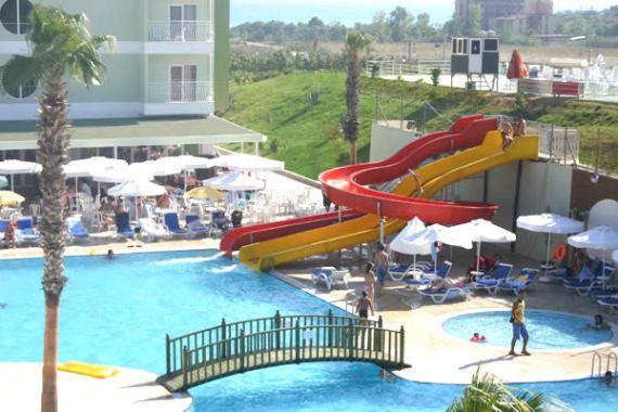 Отель, гостиница в Анталии, Турция, 9000 м2 - фото 1